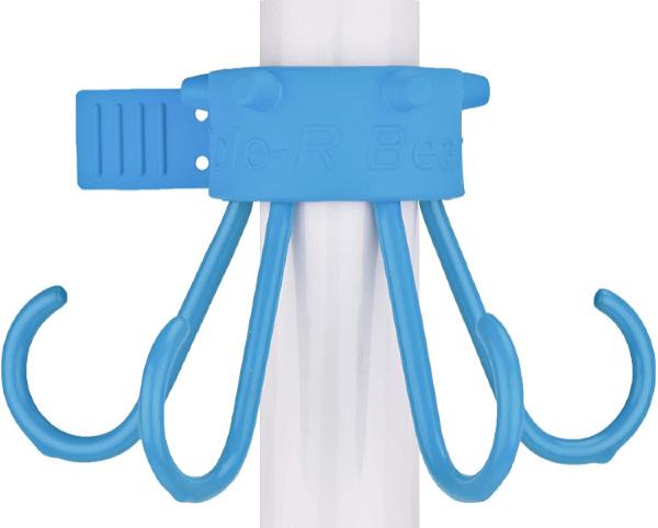 Umbrella hook for towels