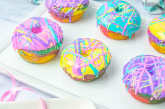 Rainbow Donuts feature