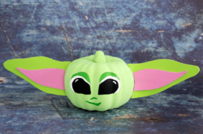 Baby Yoda Pumpkin Feature 1